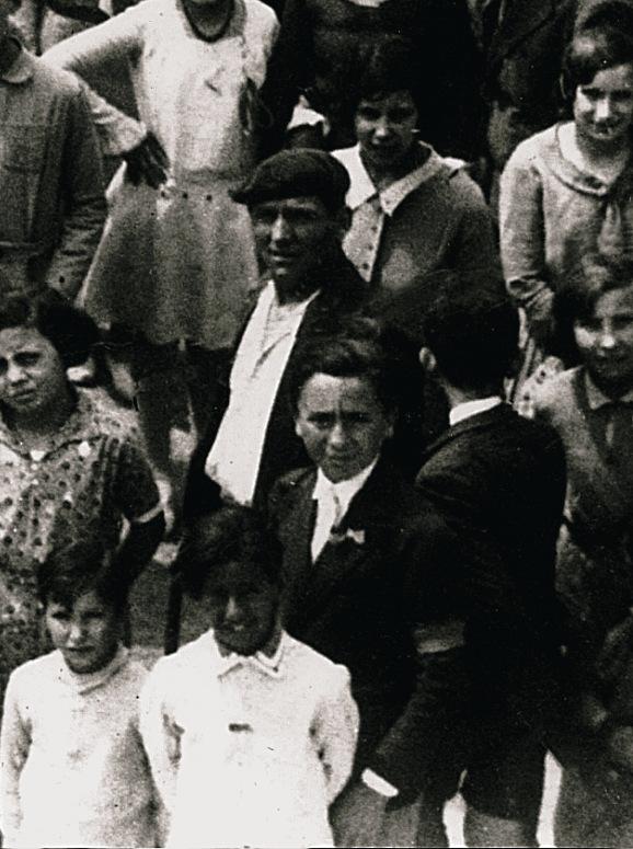 Manuel Vinaixa Serres de la Confederació Nacional del Treball (CNT) al centre de la imatge. Un altre membre molt destacat del comitè. També va ser afusellat després de la guerra. Cliqueu a sobre i s'ampliarà. FONS DE L'AUTOR
